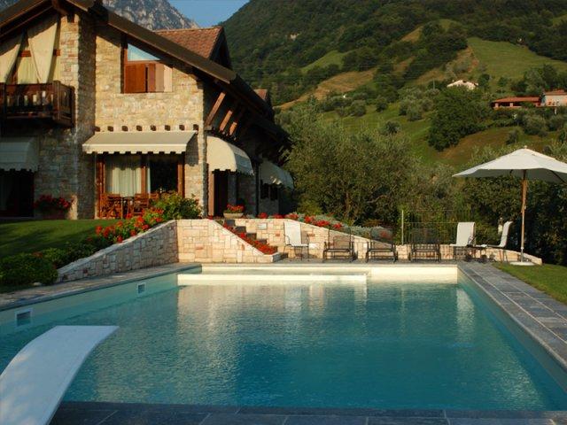 Costo piscina interrata da giardino le piscine in - Costi piscina interrata ...